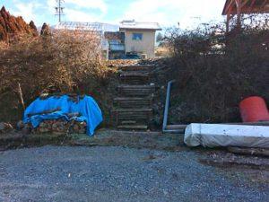 西側 遊牧場階段下部