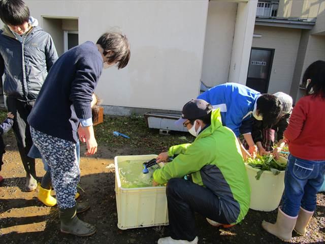 201115_oyako087